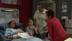 Elly Conway, Nell Rebecchi, Toadie Rebecchi, Susan Kennedy in Neighbours Episode 7426