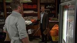Gary Canning, Paul Robinson in Neighbours Episode 7426