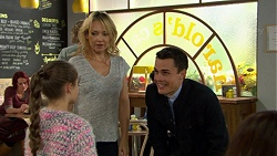 Poppy Jarvis, Steph Scully, Jack Callaghan in Neighbours Episode 7428