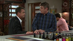 Paul Robinson, Gary Canning in Neighbours Episode 7432
