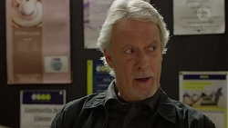 Clive West in Neighbours Episode 7432