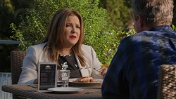 Terese Willis, Gary Canning in Neighbours Episode 7432