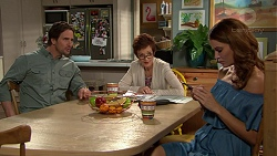 Brad Willis, Susan Kennedy, Elly Conway in Neighbours Episode 7433