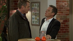 Gary Canning, Paul Robinson in Neighbours Episode 7437
