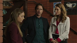 Piper Willis, Brad Willis, Elly Conway in Neighbours Episode 7437
