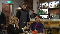 Madison Robinson, Ned Willis, Aaron Brennan in Neighbours Episode 7437