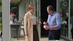 Maureen Knights, Karl Kennedy in Neighbours Episode 7437
