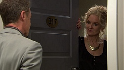 Paul Robinson, Rhonda Riley in Neighbours Episode 7439