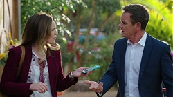 Sonya Mitchell, Paul Robinson in Neighbours Episode 7440