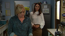 Lauren Turner, Elly Conway in Neighbours Episode 7440