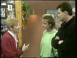 Eileen Clarke, Daphne Clarke, Des Clarke in Neighbours Episode 0315
