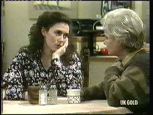 Kate Gibbons, Helen Daniels in Neighbours Episode 0315