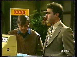 Tom Ramsay in Neighbours Episode 0318