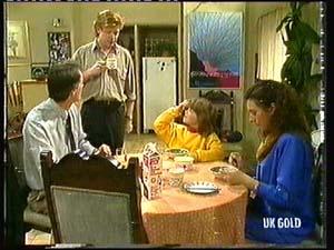 Graham Gibbons, Clive Gibbons, Vicki Gibbons, Kate Gibbons in Neighbours Episode 0318