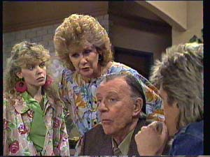 Charlene Mitchell, Madge Bishop, Dan Ramsay, Shane Ramsay in Neighbours Episode 0405