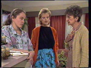 Nell Mangel, Kelly Morgan, Daphne Clarke in Neighbours Episode 0405