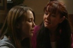 Libby Kennedy, Susan Kennedy in Neighbours Episode 3932
