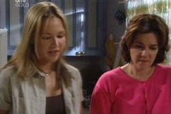 Steph Scully, Lyn Scully in Neighbours Episode 3992