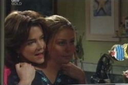 Lyn Scully, Michelle Scully in Neighbours Episode 3993
