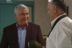 Lou Carpenter, Harold Bishop in Neighbours Episode 3995