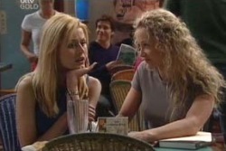 Dee Bliss, Terri Hall in Neighbours Episode 3995