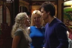 Terri Hall, Dee Bliss, Darcy Tyler in Neighbours Episode 3995