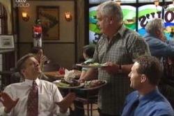 Simon Shulman, Lou Carpenter in Neighbours Episode 3996