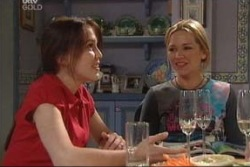 Libby Kennedy, Steph Scully in Neighbours Episode 3997
