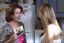 Lyn Scully, Felicity Scully in Neighbours Episode 3997