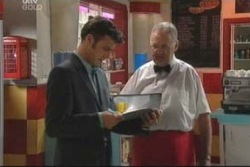 Harold Bishop, Malcolm Kennedy in Neighbours Episode 3999