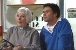 Joe Scully, Rosie Hoyland in Neighbours Episode 3999