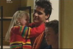 Emily Hancock, Matt Hancock, Leo Hancock in Neighbours Episode 3999