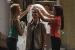 Dee Bliss, Steph Scully, Libby Kennedy in Neighbours Episode 4000