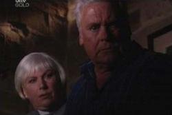 Rosie Hoyland, Lou Carpenter in Neighbours Episode 4000