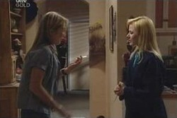 Steph Scully, Dee Bliss in Neighbours Episode 4001