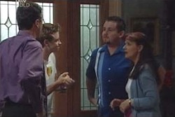Karl Kennedy, Tad Reeves, Toadie Rebecchi, Susan Kennedy in Neighbours Episode 4001