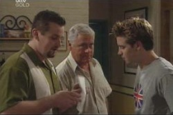 Toadie Rebecchi, Lou Carpenter, Tad Reeves in Neighbours Episode 4002