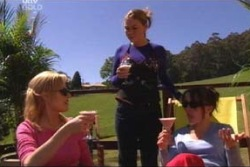Dee Bliss, Michelle Scully, Libby Kennedy in Neighbours Episode 4004