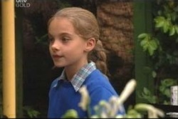 Summer Hoyland in Neighbours Episode 4006
