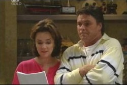Lyn Scully, Joe Scully in Neighbours Episode 4006