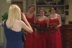 Felicity Scully, Michelle Scully, Libby Kennedy in Neighbours Episode 4007