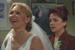 Steph Scully, Lyn Scully in Neighbours Episode 4007
