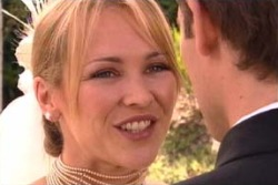 Marc Lambert, Steph Scully in Neighbours Episode 4007