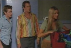 Tad Reeves, Stuart Parker, Felicity Scully in Neighbours Episode 4008