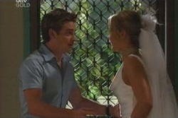 Steph Scully, Tad Reeves in Neighbours Episode 4008