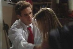 Marc Lambert, Felicity Scully in Neighbours Episode 4008