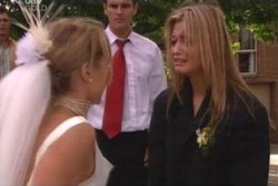 Steph Scully, Marc Lambert, Felicity Scully in Neighbours Episode 4008