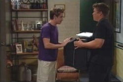 Tad Reeves, Nathan Tyson in Neighbours Episode 4009
