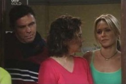 Joe Scully, Lyn Scully, Steph Scully in Neighbours Episode 4011