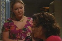 Michelle Scully, Lyn Scully in Neighbours Episode 4012